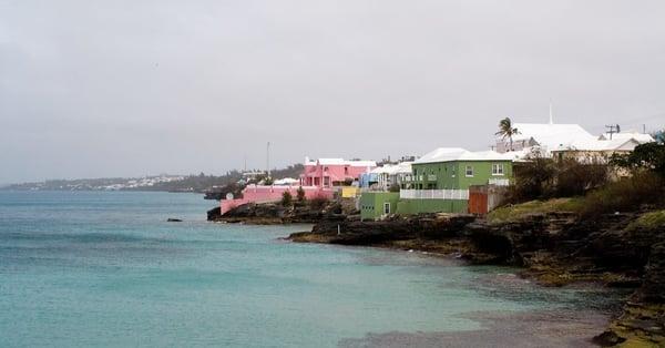 bermuda homes on the sea