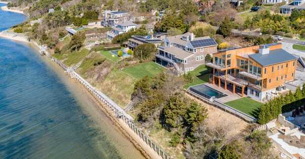 vacation home in the hamptons