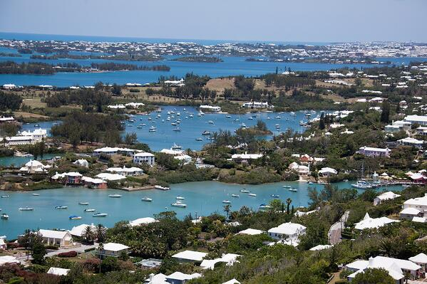 2048px-View_from_top_of_Gibbs_Lighthouse_Bermuda