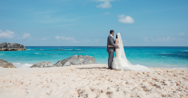 wedding on the beach in bermuda romantic