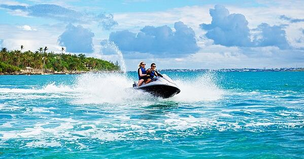 jet-skiing-water-sports-in-bermuda-in-january