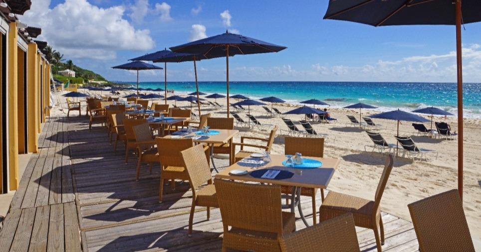 mickeys_at_the_lido_complex_restaurant_beach_dining_hero